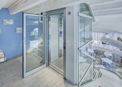 Piattaforme elevatrici o mini ascensori